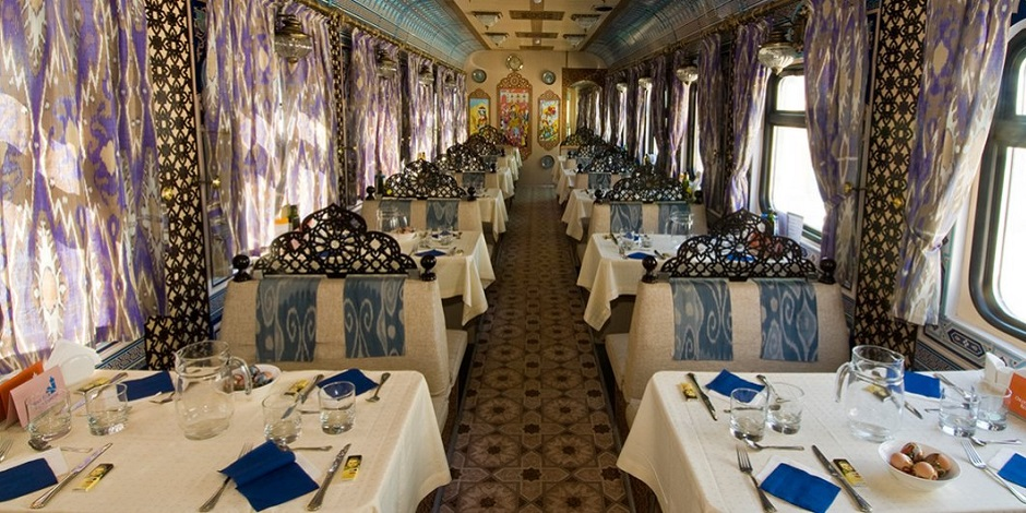 Restaurant Train Registan